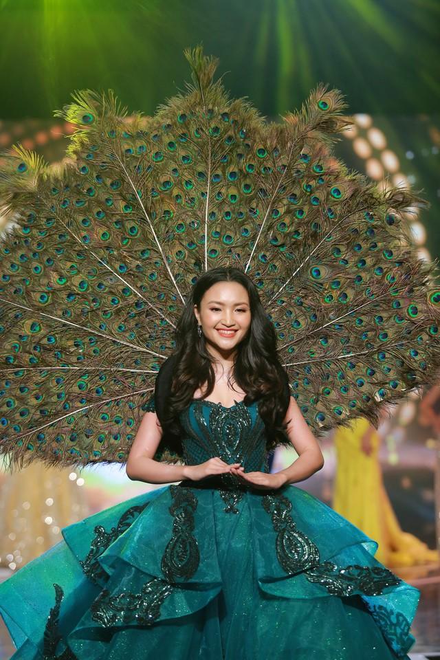 Top 15 Hoa hậu Việt Nam 2018 Phạm Ngọc Hà My đăng quang Hoa khôi Press Green Beauty 2019 - Ảnh 3.