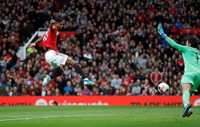 Manchester United chấm dứt mạch toàn thắng của Liverpool - Ảnh 2.