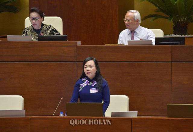 Bà Nguyễn Thị Kim Tiến chấm cho mình mấy điểm sau 8 năm làm Bộ trưởng Bộ Y tế? - ảnh 1