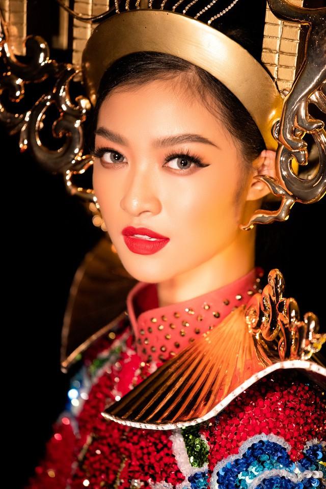 Lộ diện quốc phục của Á hậu Kiều Loan tại Miss Grand International 2019 - Ảnh 6.