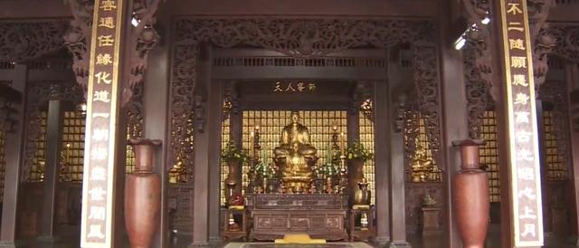 Khám phá ngôi chùa cổ nằm trên cao nguyên Đắk Lắk - Ảnh 2.
