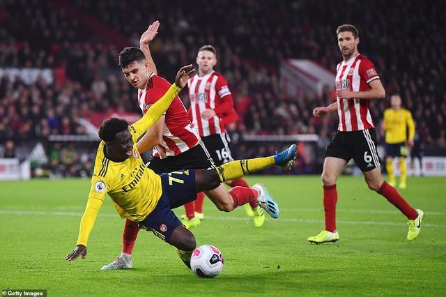 Sheffield United 1-0 Arsenal: Pháo thủ bế tắc - Ảnh 2.