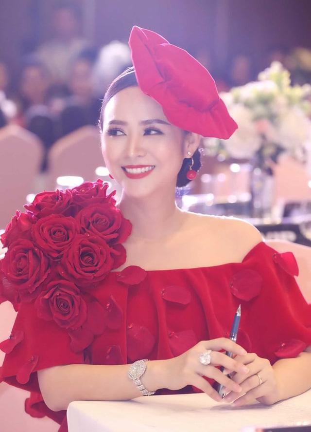 Bùi Thanh Hương xuất hiện rạng rỡ tại Happy Women Leader Global Award 2019 - Ảnh 6.