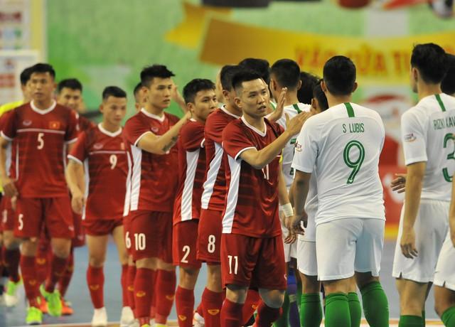 Hòa Indonesia, ĐT futsal Việt Nam chờ tấm vé bán kết ở lượt trận cuối vòng bảng - Ảnh 2.