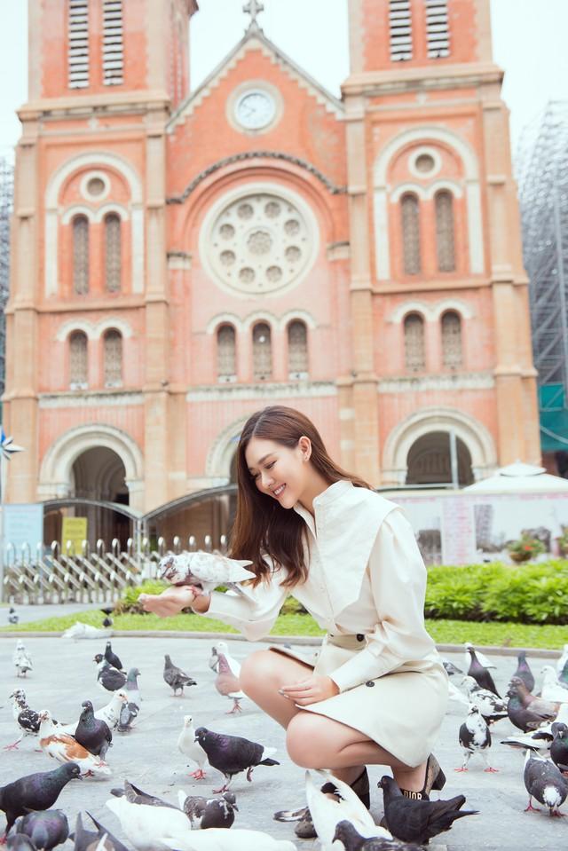 Tường San tung bộ ảnh giới thiệu tại Miss International 2019 - Ảnh 10.