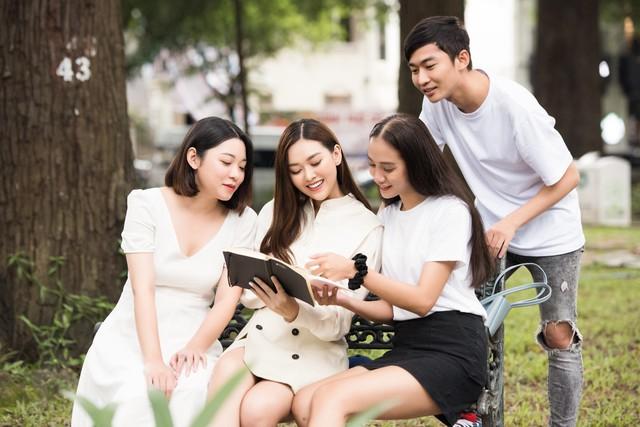 Tường San tung bộ ảnh giới thiệu tại Miss International 2019 - Ảnh 8.