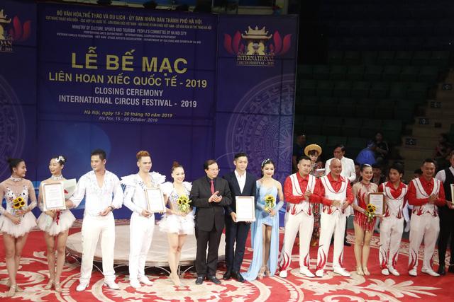 Liên hoan xiếc quốc tế 2019: Lộ diện nhiều nghệ sĩ trẻ tiềm năng trong biểu diễn nghệ thuật xiếc - ảnh 10