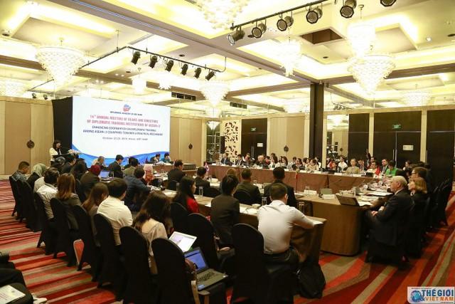 Hội nghị thường niên Giám đốc và Hiệu trưởng các trường đào tạo ngoại giao các nước ASEAN+3 lần thứ 14 - Ảnh 4.