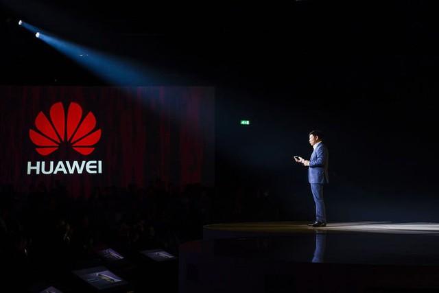 Huawei từng có ý định bỏ sản xuất smartphone từ 8 năm trước - Ảnh 1.