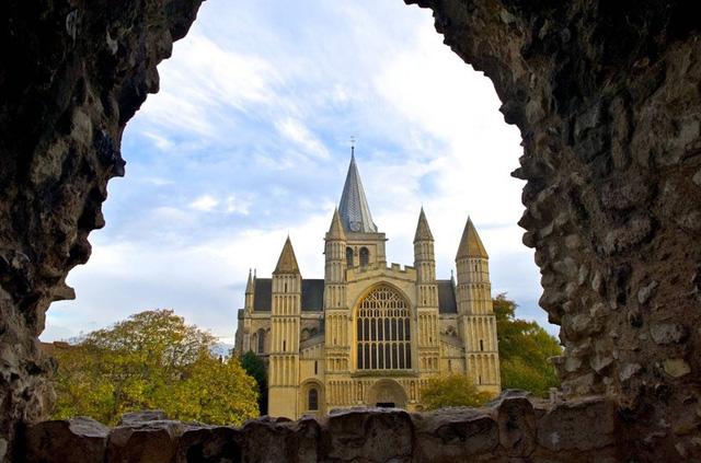 Ngắm những nhà thờ đẹp nhất nước Anh - ảnh 15