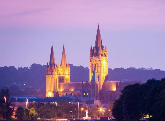 Ngắm những nhà thờ đẹp nhất nước Anh - ảnh 16