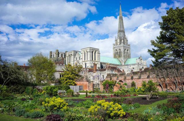 Ngắm những nhà thờ đẹp nhất nước Anh - ảnh 18