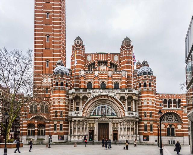 Ngắm những nhà thờ đẹp nhất nước Anh - ảnh 3