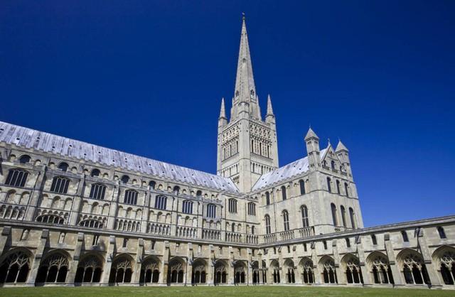 Ngắm những nhà thờ đẹp nhất nước Anh - ảnh 6
