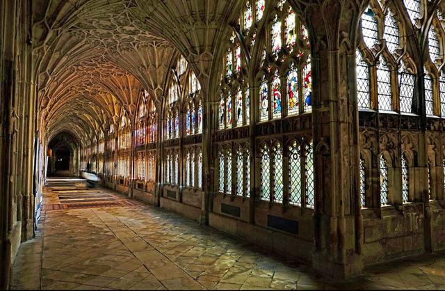 Ngắm những nhà thờ đẹp nhất nước Anh - ảnh 10