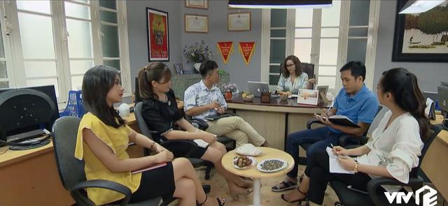 Những nhân viên gương mẫu - Tập 44: Nhân viên ngỡ ngàng khi biết tin sếp Nguyên xin nghỉ hưu sớm - Ảnh 4.
