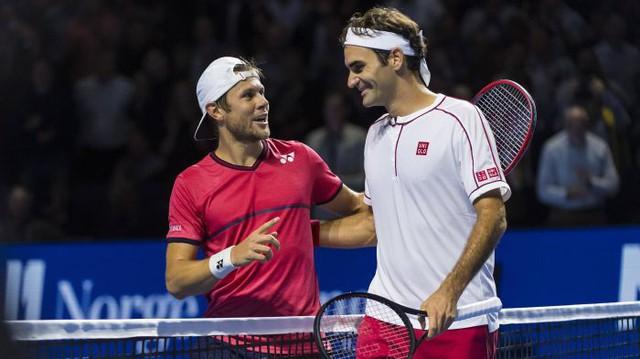 Basel mở rộng 2019: Roger Federer tốc hành vào tứ kết - Ảnh 3.