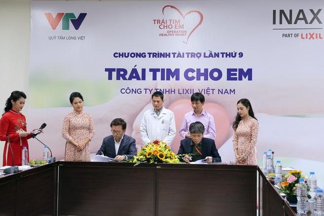 Quỹ Tấm lòng Việt và LIXIL Việt Nam chung tay hỗ trợ phẫu thuật tim bẩm sinh cho các bệnh nhi có hoàn cảnh khó khăn - Ảnh 9.