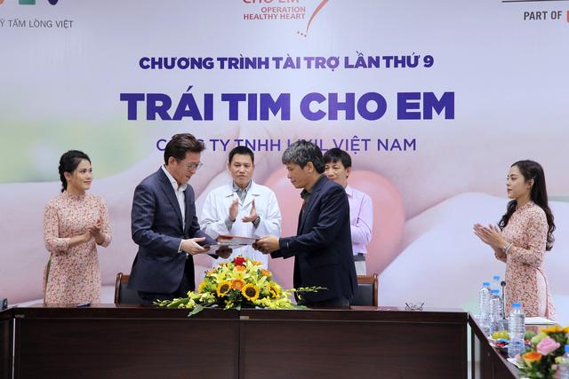 Quỹ Tấm lòng Việt và LIXIL Việt Nam chung tay hỗ trợ phẫu thuật tim bẩm sinh cho các bệnh nhi có hoàn cảnh khó khăn - Ảnh 2.