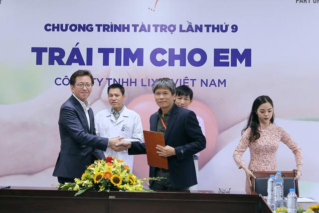 Quỹ Tấm lòng Việt và LIXIL Việt Nam chung tay hỗ trợ phẫu thuật tim bẩm sinh cho các bệnh nhi có hoàn cảnh khó khăn - Ảnh 11.