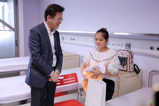 Quỹ Tấm lòng Việt và LIXIL Việt Nam chung tay hỗ trợ phẫu thuật tim bẩm sinh cho các bệnh nhi có hoàn cảnh khó khăn - Ảnh 23.