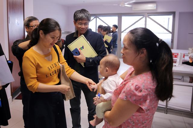 Quỹ Tấm lòng Việt và LIXIL Việt Nam chung tay hỗ trợ phẫu thuật tim bẩm sinh cho các bệnh nhi có hoàn cảnh khó khăn - Ảnh 25.
