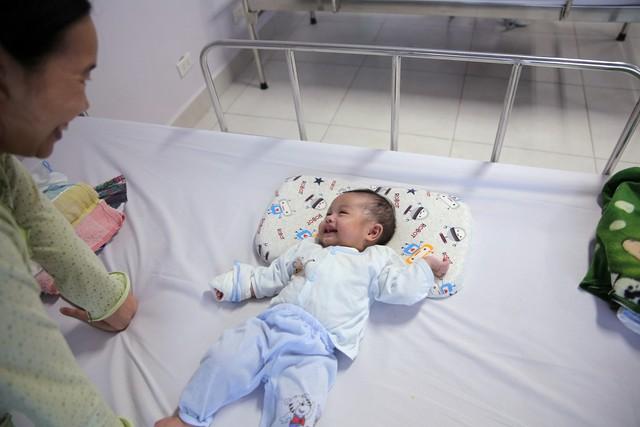 Quỹ Tấm lòng Việt và LIXIL Việt Nam chung tay hỗ trợ phẫu thuật tim bẩm sinh cho các bệnh nhi có hoàn cảnh khó khăn - Ảnh 29.