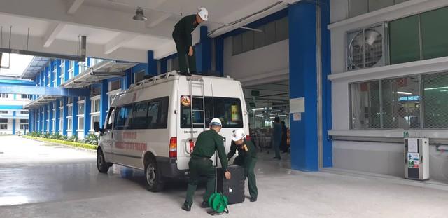 Vụ công nhân liên tiếp nhập viện ở Nam Định: Binh chủng Hóa học vào cuộc điều tra nguyên nhân - Ảnh 2.