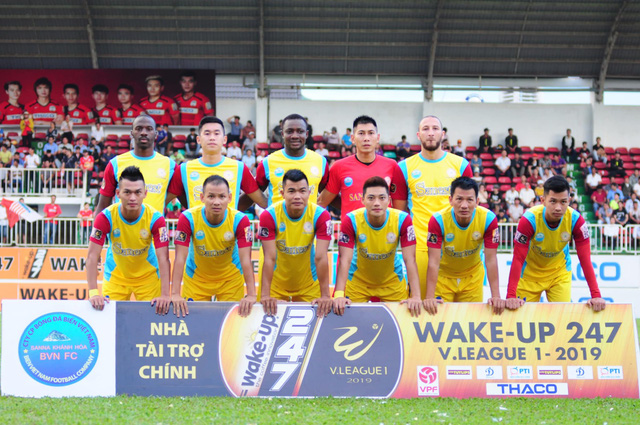 Bình luận thể thao ngày 25/10: Sanna Khánh Hoà BVN xuống hạng và những chuyện khi V.League 2019 kết thúc - Ảnh 1.
