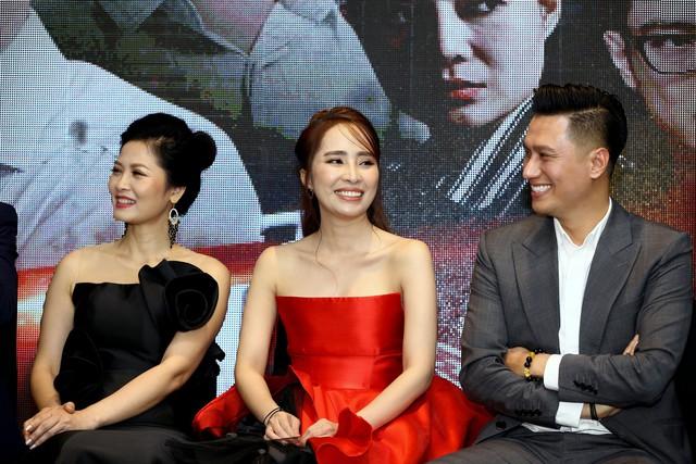 Hậu thẩm mỹ, Việt Anh bảnh bao xuất hiện tại họp báo ra mắt phim mới - Ảnh 2.