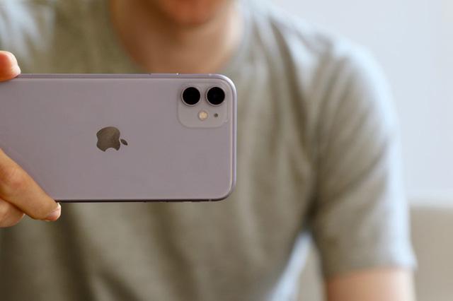 Đáng sợ: iPhone 11 chiếm 20% doanh số bán của Apple chỉ 10 ngày bán ra - Ảnh 2.