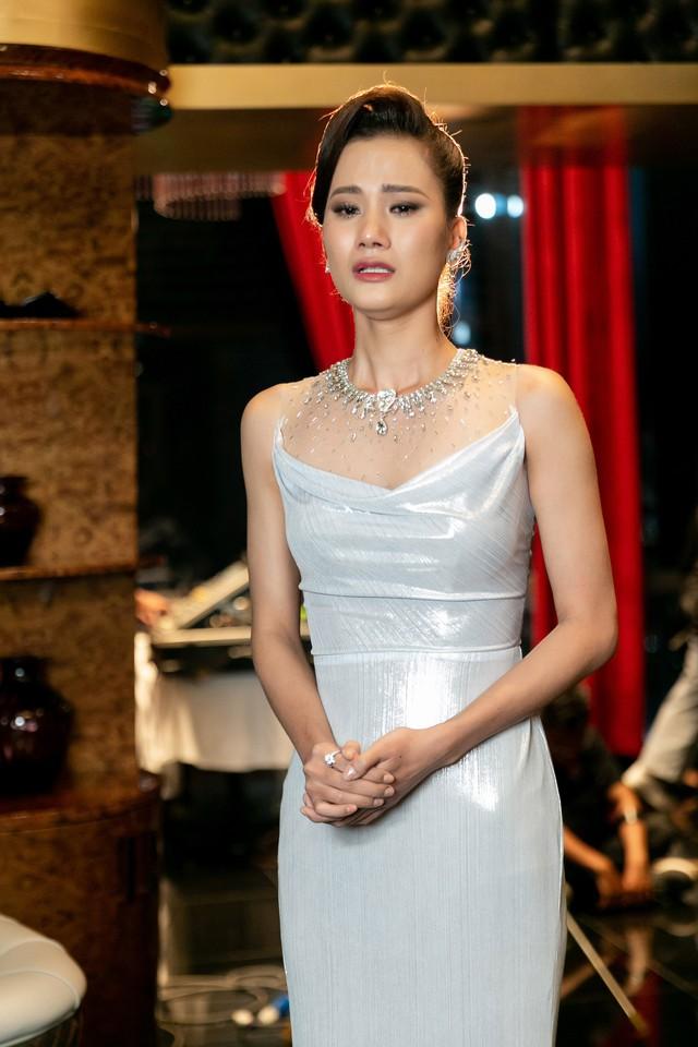 Tôi là Hoa hậu Hoàn vũ Việt Nam 2019 - Tập 4: Vì sao Hoàng Thùy mắng thí sinh nuôi ong tay áo? - Ảnh 10.
