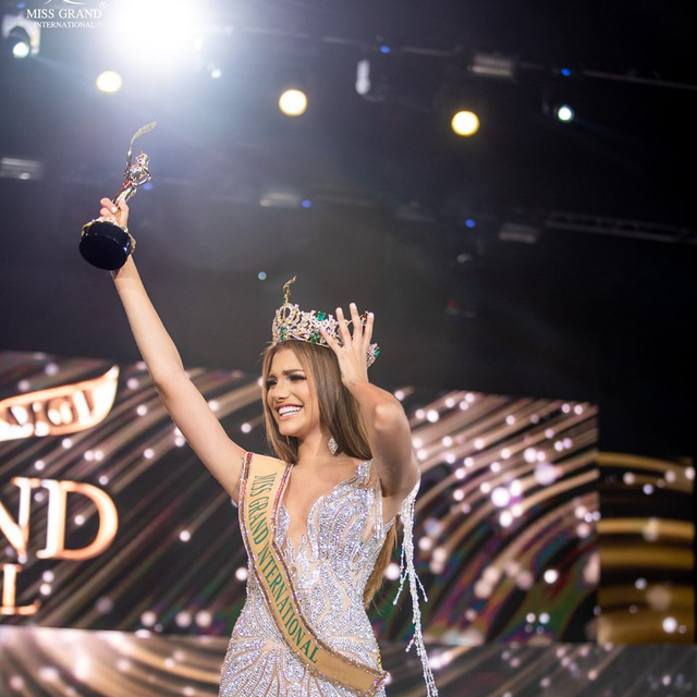 Người đẹp Venezuela đăng quang Hoa hậu Hòa bình thế giới 2019 - Ảnh 1.