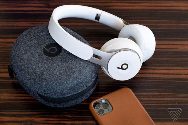 Làm thế nào để sử dụng tai nghe mà không ảnh hưởng đến thính giác? - Ảnh 1.
