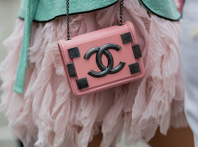 9 thương hiệu thời trang giá trị nhất thế giới - Ảnh 2.