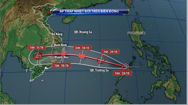 Áp thấp nhiệt đới mạnh lên thành bão, Trung bộ mưa lũ lớn - Ảnh 1.