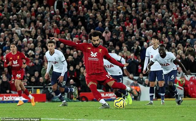 Liverpool 2-1 Tottenham: The Kop tiếp tục bất bại - Ảnh 4.