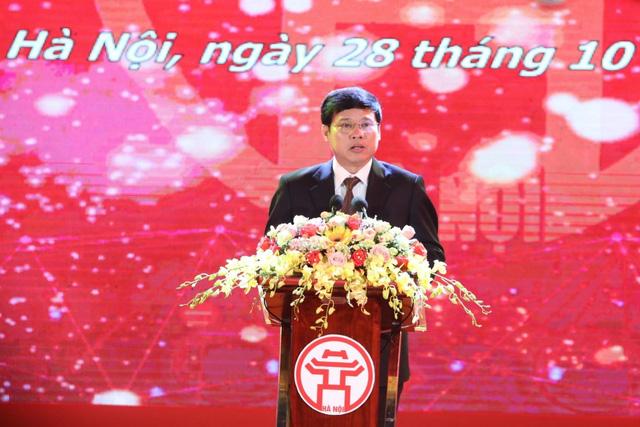 Hà Nội tuyên dương 86 thủ khoa xuất sắc Thủ đô năm 2019 - Ảnh 1.