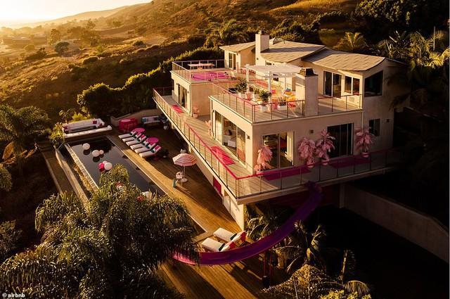 Trải nghiệm cuộc sống như búp bê Barbie tại Ngôi nhà mơ ước - Ảnh 1.