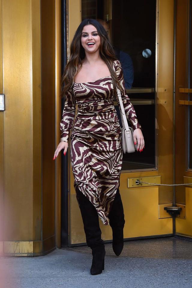 Trở lại làng nhạc, Selena Gomez thời trang hơn bao giờ hết - Ảnh 4.