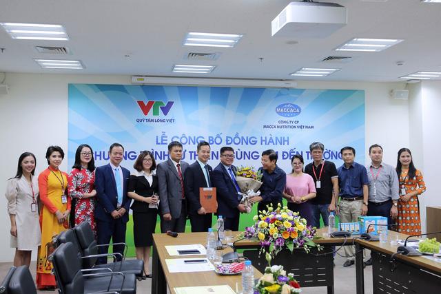 Quỹ Tấm lòng Việt và Macca Nutrition Việt Nam chung tay hỗ trợ học sinh nghèo hiếu học - Ảnh 10.
