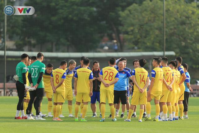 Thay đổi giờ và địa điểm thi đấu giữa ĐT Indonesia và ĐT Việt Nam tại Vòng loại World Cup 2022 - Ảnh 1.