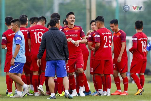 ĐT Việt Nam tích cực tập luyện, sẵn sàng tiếp đón ĐT Malaysia - Ảnh 4.
