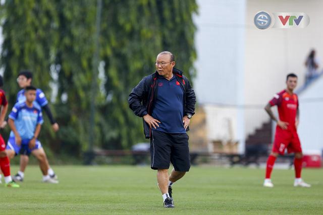 ĐT Việt Nam tích cực tập luyện, sẵn sàng tiếp đón ĐT Malaysia - Ảnh 2.