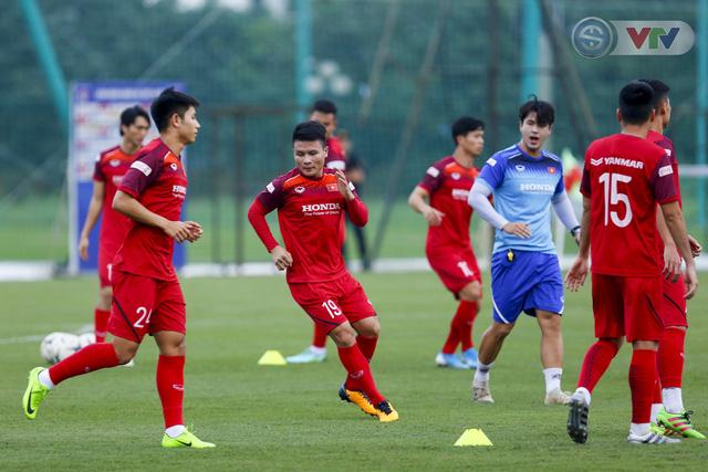 ĐT Việt Nam tích cực tập luyện, sẵn sàng tiếp đón ĐT Malaysia - Ảnh 7.