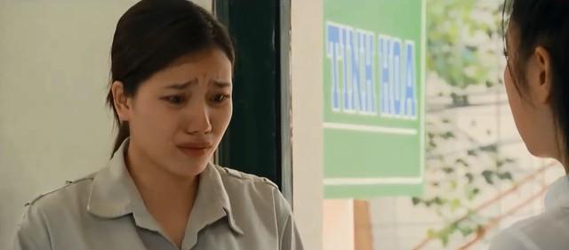 Những nhân viên gương mẫu - Tập 35: Được đại gia chống lưng, Chi (Kim Oanh) hứa hẹn còn lên cao nữa - Ảnh 1.