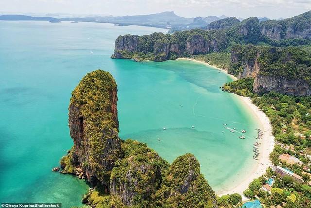 Khám phá những bờ biển tuyệt đẹp trên thế giới - ảnh 16