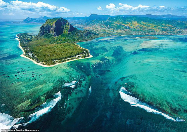 Khám phá những bờ biển tuyệt đẹp trên thế giới - ảnh 20