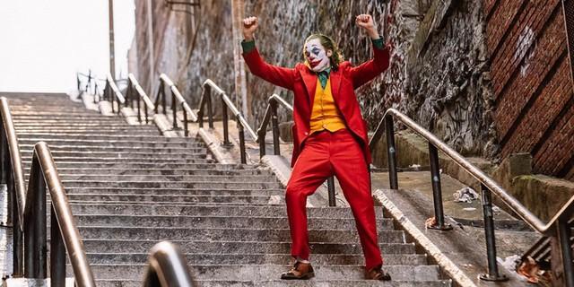 Siêu phẩm Joker càn quét doanh thu phòng vé cuối tuần - Ảnh 2.