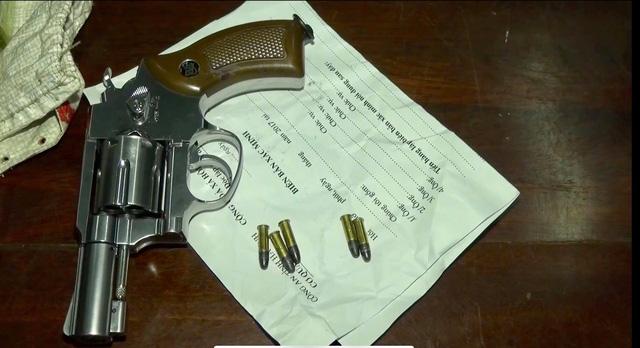 Triệt phá 2 chuyên án ma túy, thu giữ nhiều vũ khí nóng - Ảnh 3.